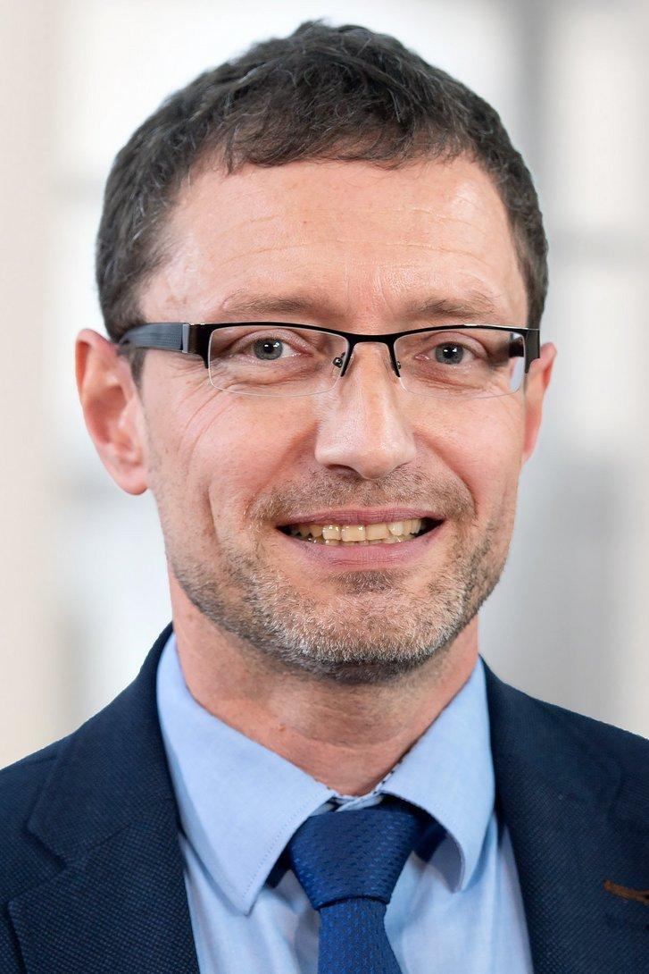 Porträt: Prof. Eugen Feist