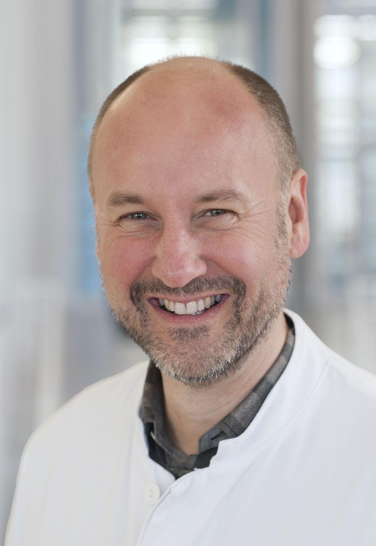 PD Dr. med. Stefan Esser, Oberarzt und kommissarischer Leiter des Instituts für HIV Forschung am Universitätsklinikum Essen